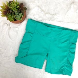 Lululemon Activewear Shorts Yoga Media Pockets